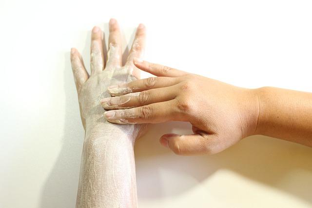 peeling na rukou
