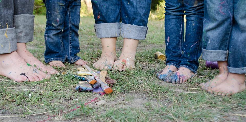 nohy celé rodiny